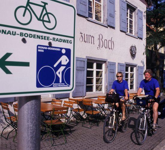 Radfahren_SchildDoBoRadweg